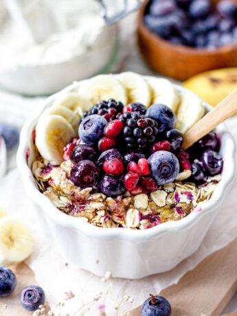 Gezonde blauwe bessen crumble ontbijttaartjes